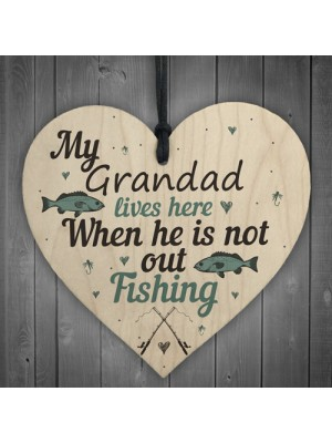 Grandad Lives Here CARP Fishing Wooden Sign Father Plaque GIFTS