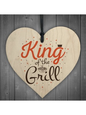 King Of The Grill Cooking Kitchen Garden BBQ Dad Gift Wood Heart