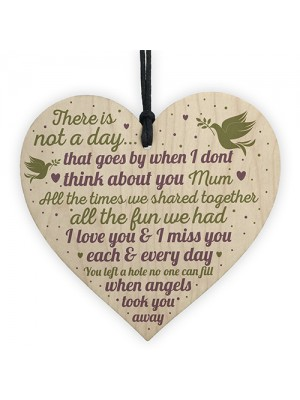 MUM Memorial Bauble Christmas Tree Plaques Wooden Heart Gift