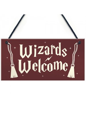 Wizards Welcome Novelty Hanging Sign Wizard Magic Themed Gift