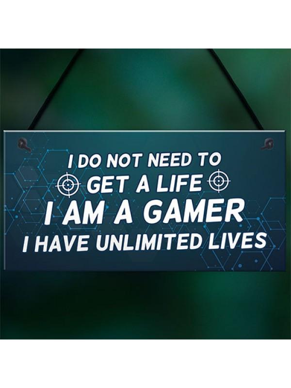 IM A GAMER Sign Funny Gamer Gift Hanging Plaque For Bedroom