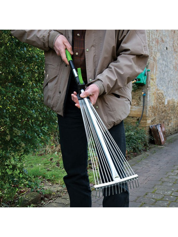 Lightweight Adjustable Telescopic Garden Leaf Lawn Rake